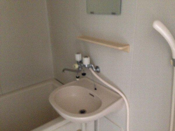シャルム高舟台 2号室の洗面所