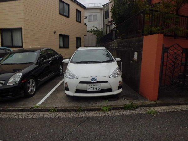 第一ダイソウハウス 201号室の駐車場