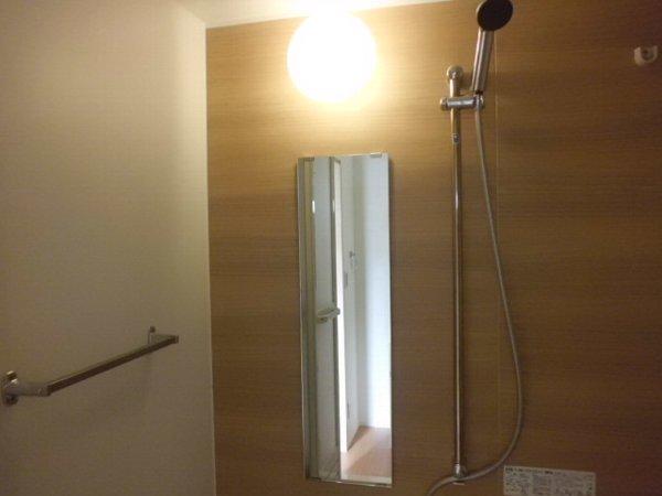 アイフローラ 105号室の風呂