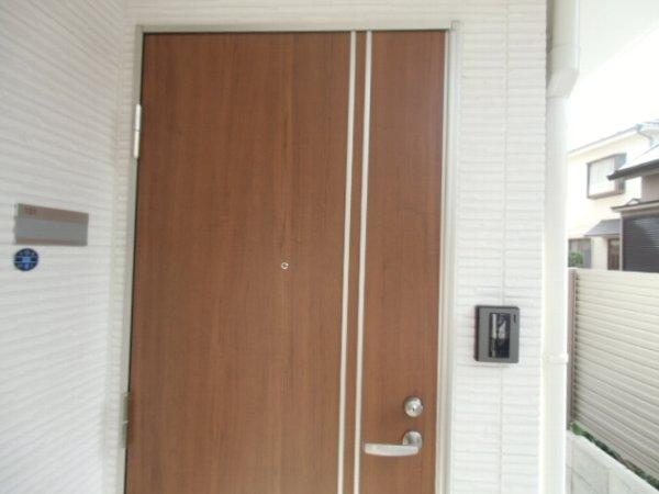 セレーノ金沢八景 101号室の玄関