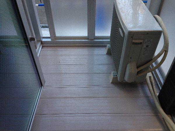 ビューレ金沢八景 102号室のバルコニー