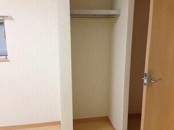 ビューレ金沢八景 102号室の収納