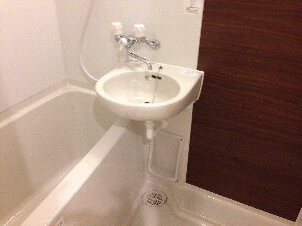 シェモア杉田 101号室の風呂