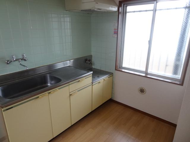 ユミサマリア 403号室のキッチン
