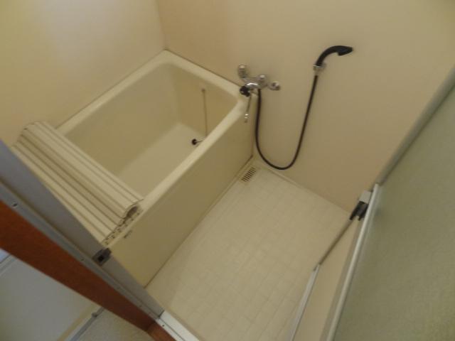 ユミサマリア 403号室の風呂