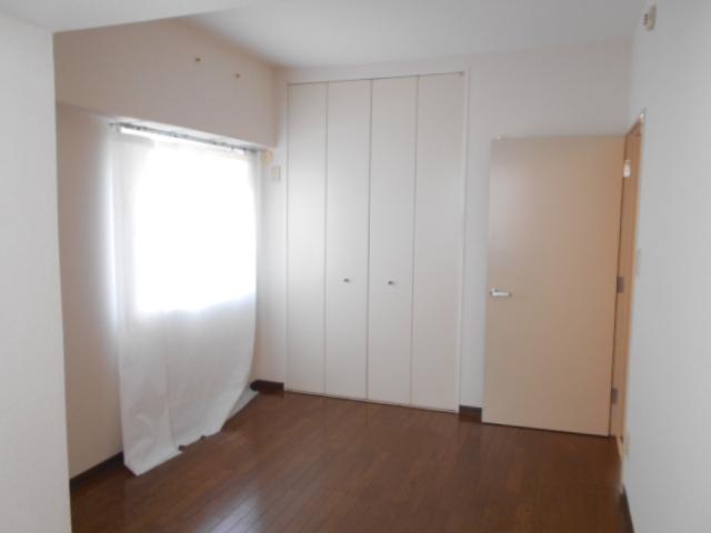 コーポレート浦和中島1号棟 401号室のベッドルーム