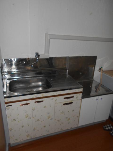 栄和荘 103号室のキッチン