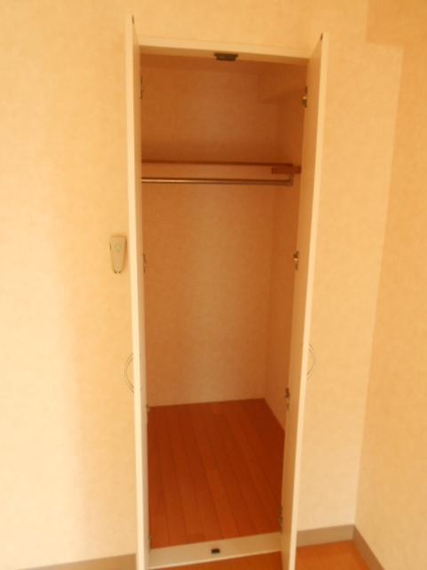 アクティ北浦和 403号室の収納