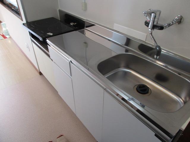 メゾンソレイユ 201号室のキッチン
