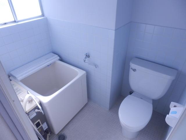 ブルーゼンハイツ 201号室の風呂