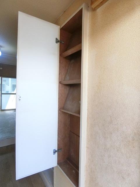 ウイング筥松 A103号室の収納
