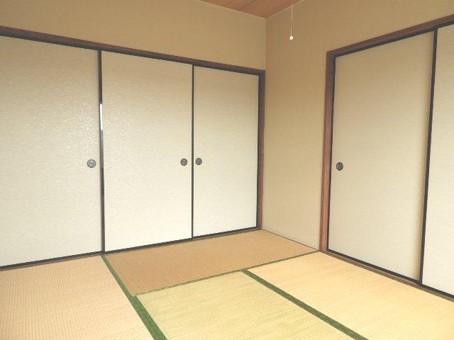 マギーハイツ 202号室の居室