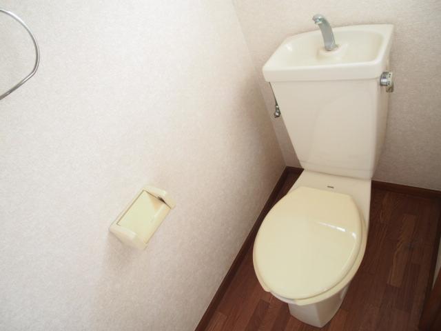 コーポすずらん上町 101号室のトイレ