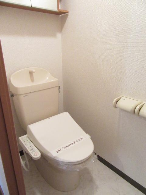 バン フーユ 203号室のトイレ