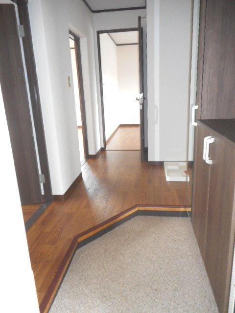武藤ハイツⅠ 205号室の玄関