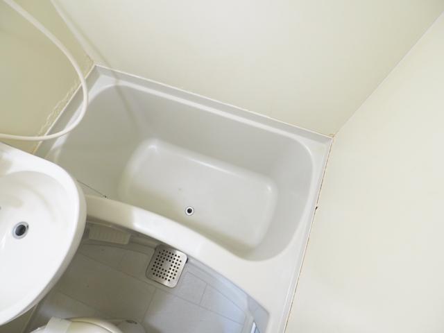 新守山カジウラマンション 1C号室の風呂