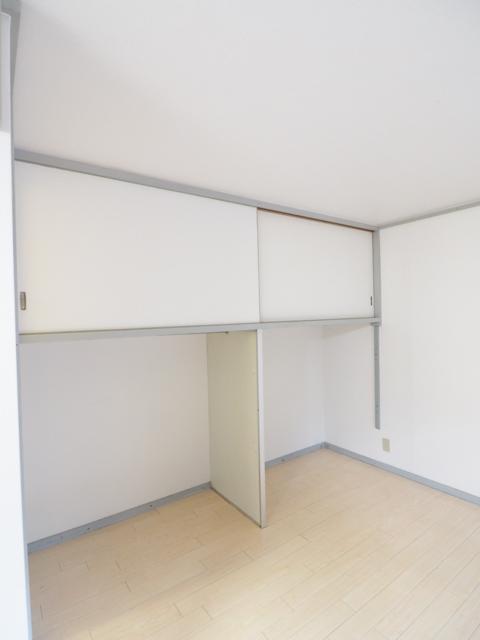 新守山カジウラマンション 1C号室の収納