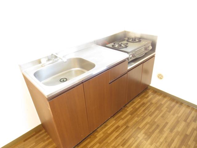 KⅢアパート 203号室のキッチン