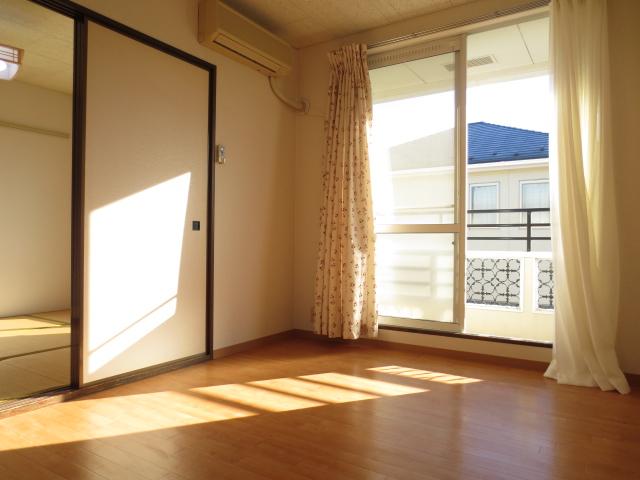 KⅢアパート 203号室のリビング