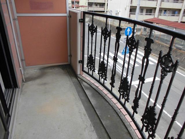 カーサ・パルマ 101号室のバルコニー