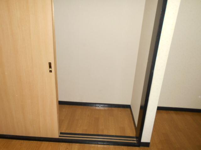コ・クーン2宮子 106号室のその他
