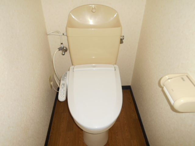 コ・クーン2宮子 202号室のトイレ