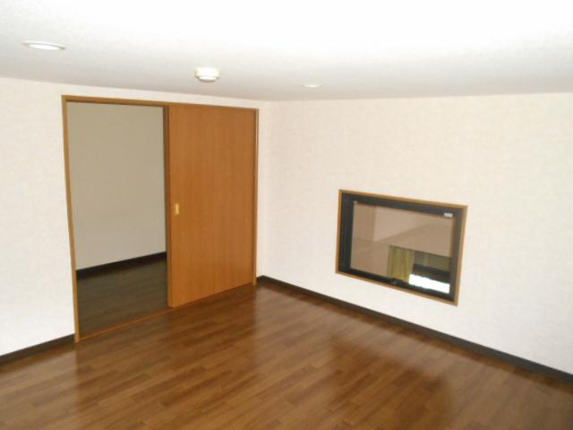 コ・クーン8連取 109号室の居室