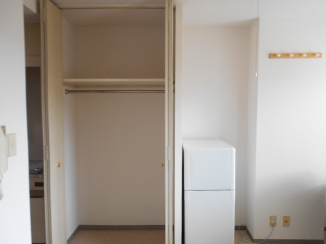 WEST-1 605号室の収納