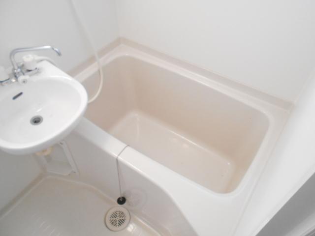 福王子マンション 303号室の風呂