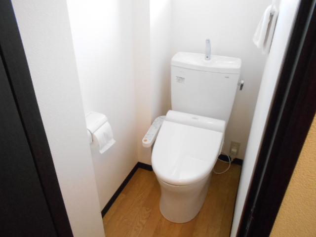 福王子マンション 303号室のトイレ