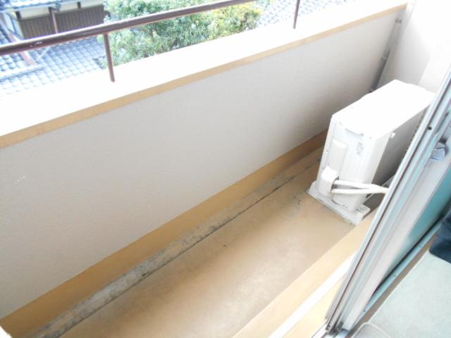 福王子マンション 303号室のバルコニー