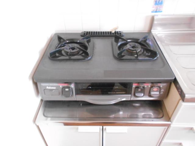 ル・松尾 402号室のキッチン
