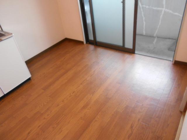 ル・松尾 402号室のリビング