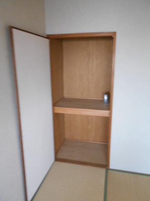 ル・松尾 402号室の収納