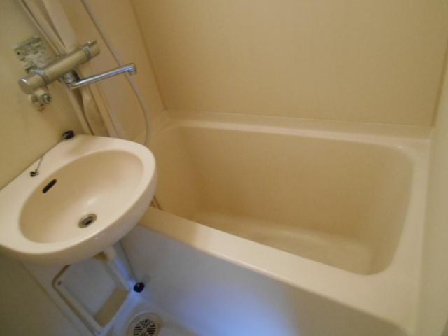 サンフローラ 501号室の風呂