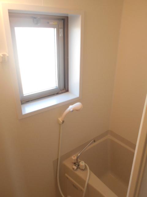ドーリアNEXT花園 3-C号室の風呂