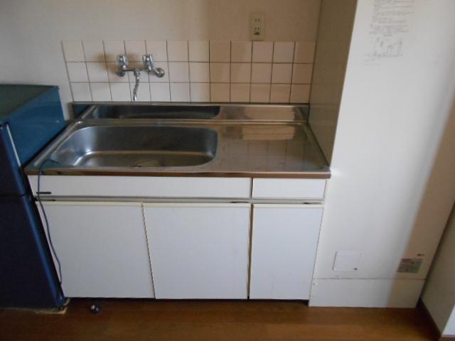 ハイツM A号室のキッチン