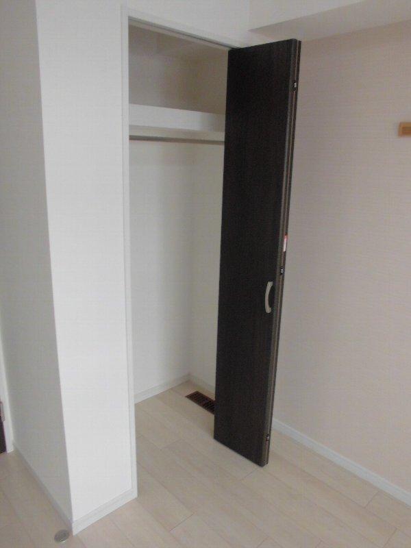 Esperanza M's 403号室の収納