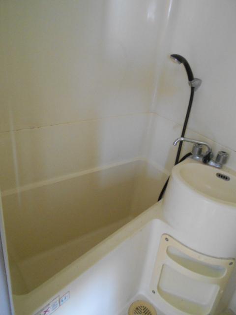 河村借家 1号室の風呂