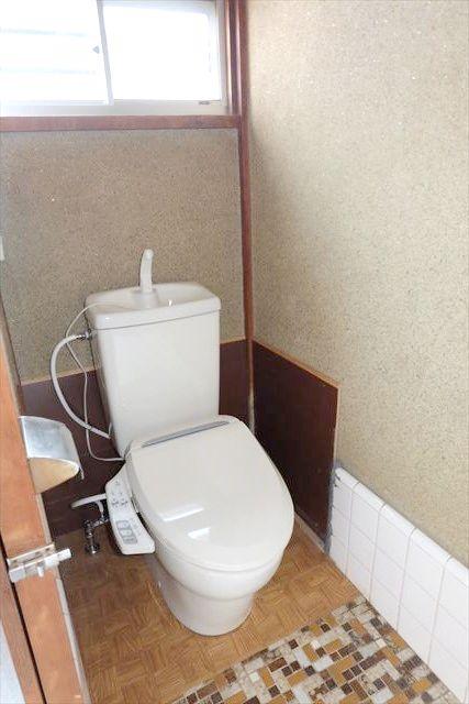 暁一丁目貸家のトイレ