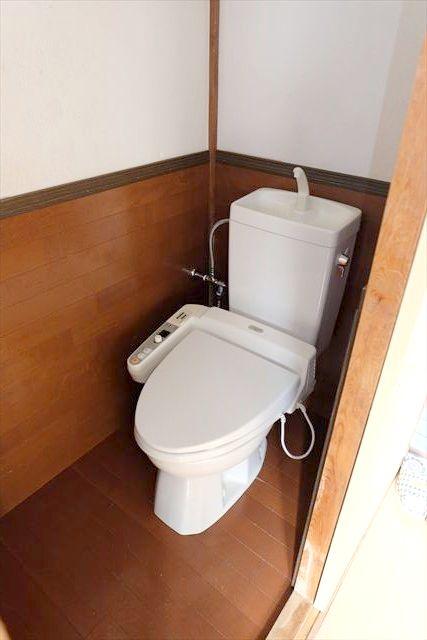 南飯田貸家のトイレ