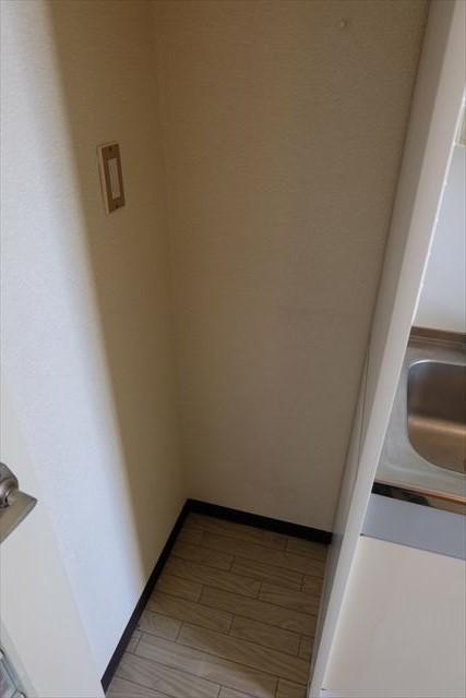 安武マンション駅東 501号室のその他
