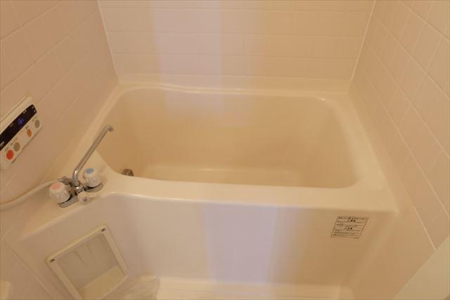 安武マンション城北 201号室の風呂