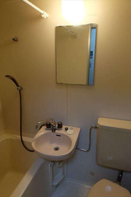 シティーペンション片柳 204号室の洗面所