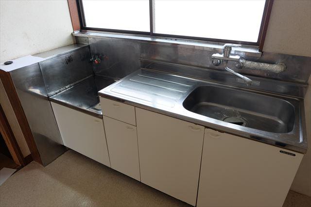高橋ハイツ(北) 206号室のキッチン