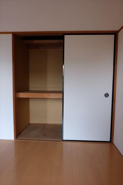 ネモトハイツ 202号室の収納