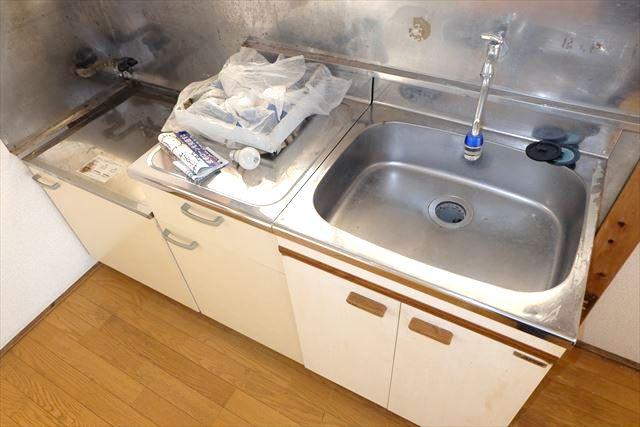 安井アパート 2号室のキッチン