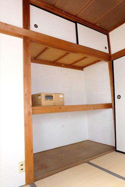 安井アパート 2号室の収納