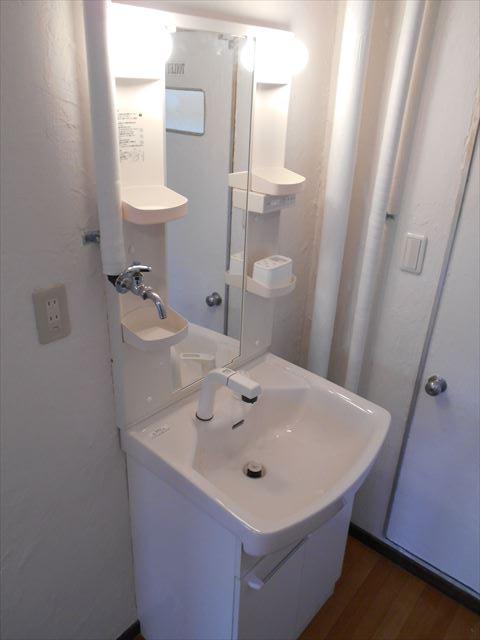小山ハイコーポ 133号室の洗面所