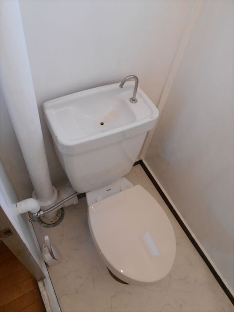 小山ハイコーポ 133号室のトイレ
